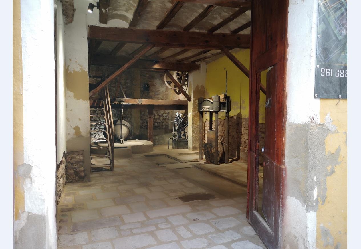 """A """"museu de l'Oli"""" for Serra"""
