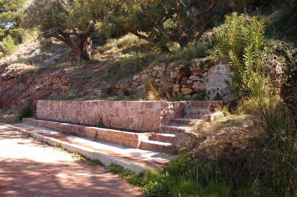 Font Potrillos a Serra